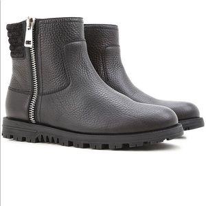 $900 Brand New Gucci Camelot Guccisima Boot